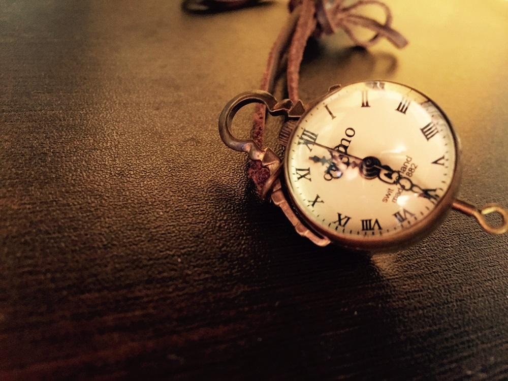 モモを読む/現代の必読書『モモ』に学ぶ自分だけの時間の見つめ方